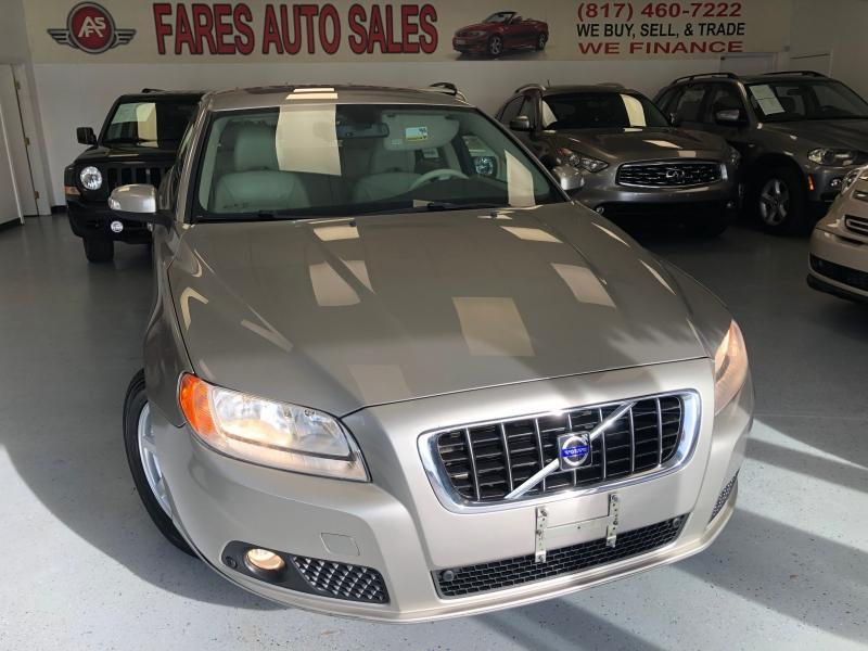 Volvo V70 2008 price $5,500