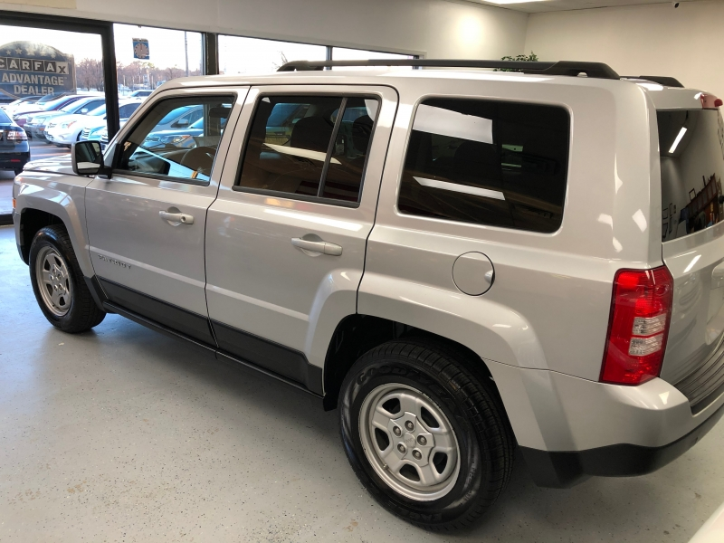 Jeep Patriot 2012 price $8,800