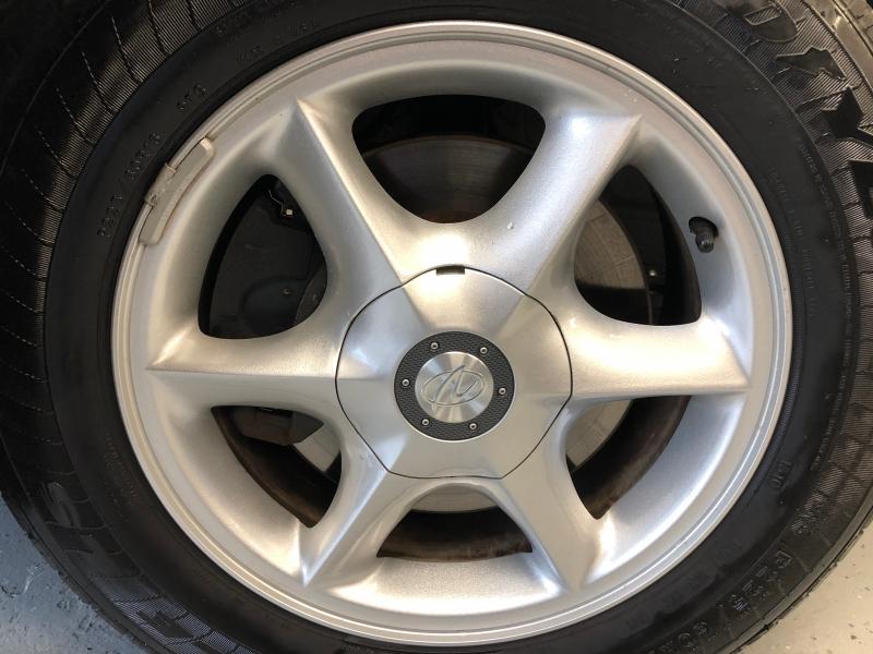 Oldsmobile Aurora 2001 price $3,800