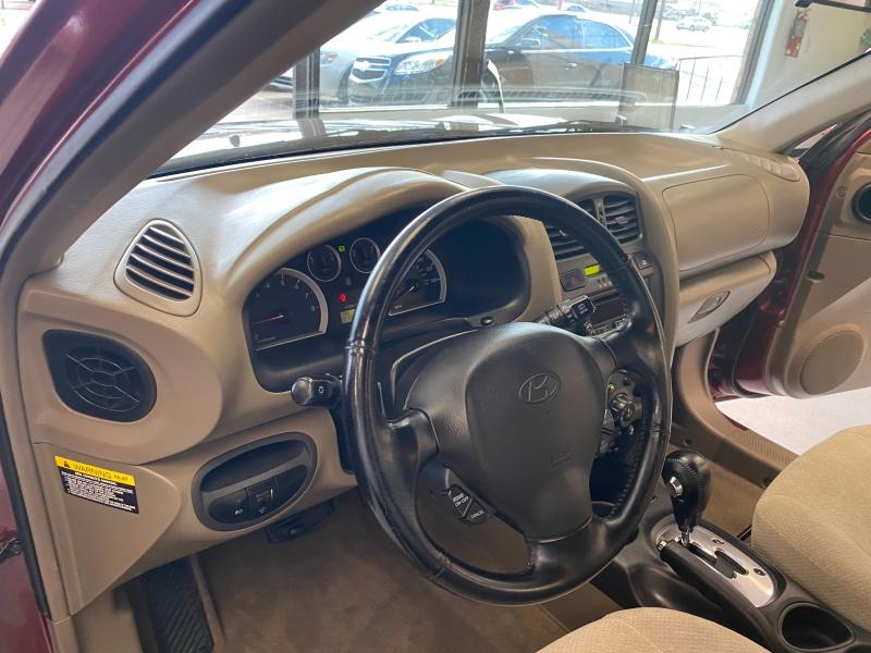Hyundai Santa Fe 2005 price $5,498