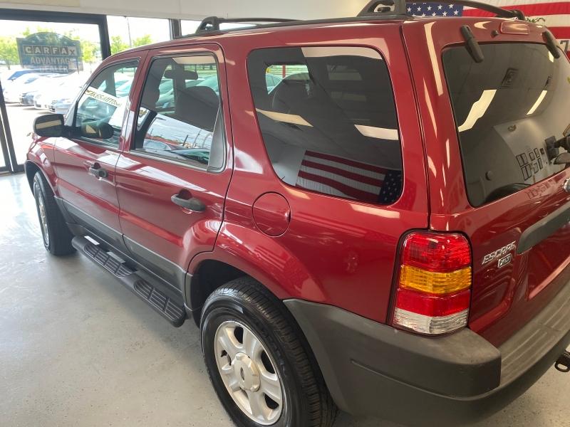 Ford Escape 2003 price $4,800
