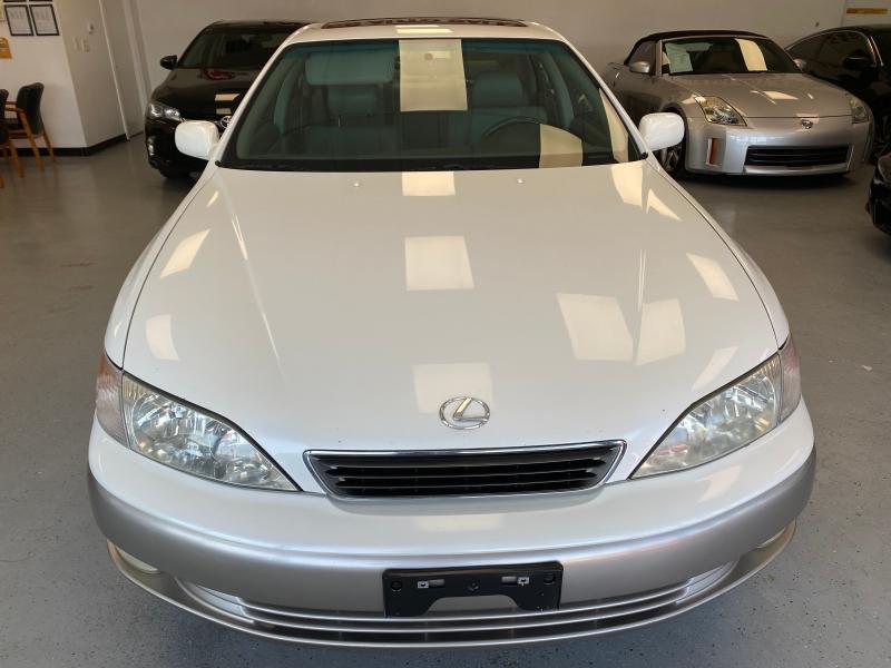 Lexus ES 300 Luxury Sport Sdn 1998 price $3,998