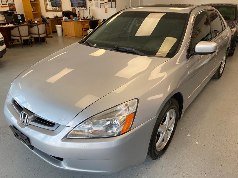 Honda Accord Sdn 2005 price $2,998