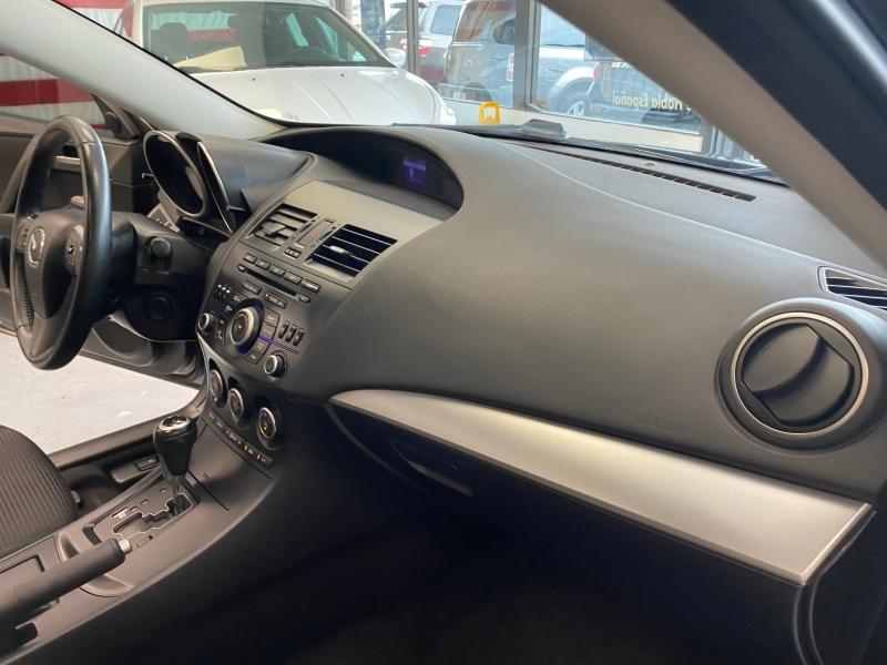 Mazda Mazda3 2013 price $8,498