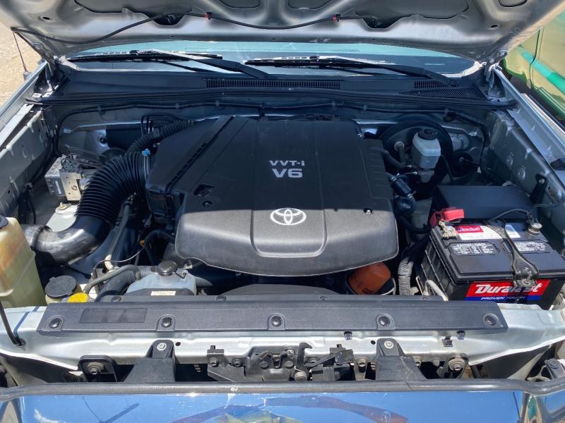 Toyota Tacoma 2005 price $11,998