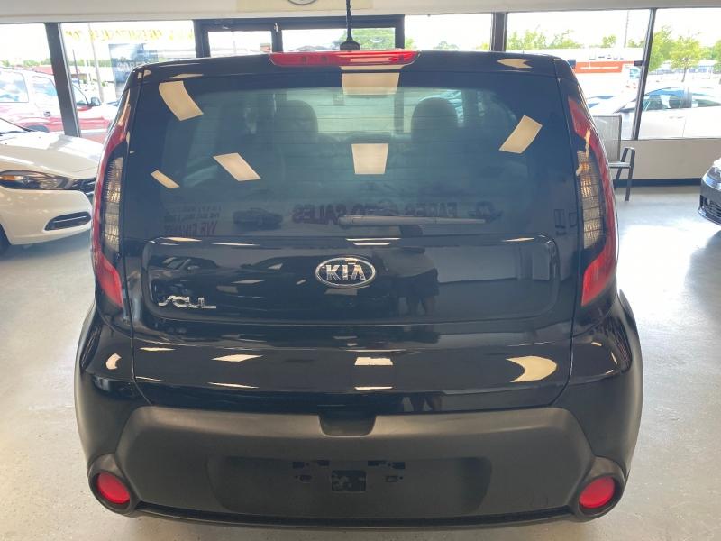 Kia Soul 2015 price $10,498