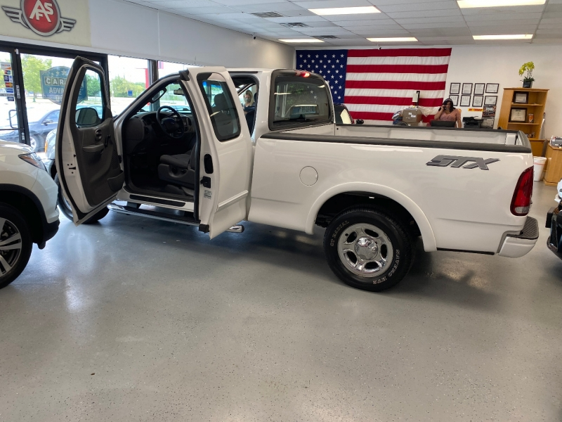 Ford F-150 2003 price $6,998