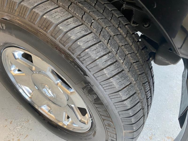 Cadillac Escalade 2005 price $10,498