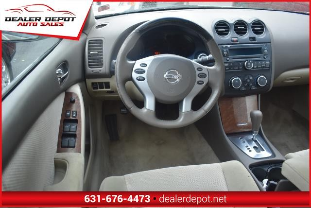 Nissan Altima 2009 price $4,990