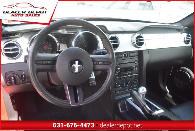 Ford Mustang 2006 price $8,990
