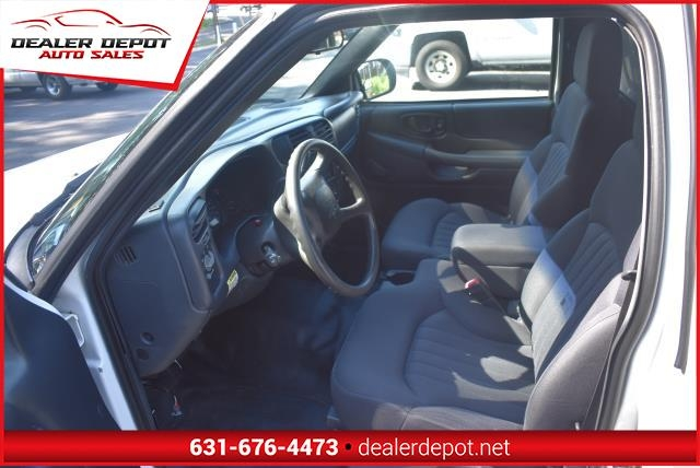Chevrolet S-10 2003 price $3,490