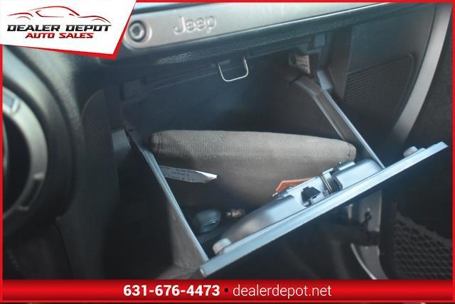 Jeep Wrangler Unlimited 2012 price $15,990