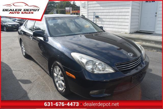 Lexus ES 300 2002 price $3,990