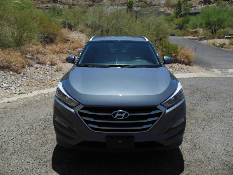 Hyundai Tucson 2018 price $14,979