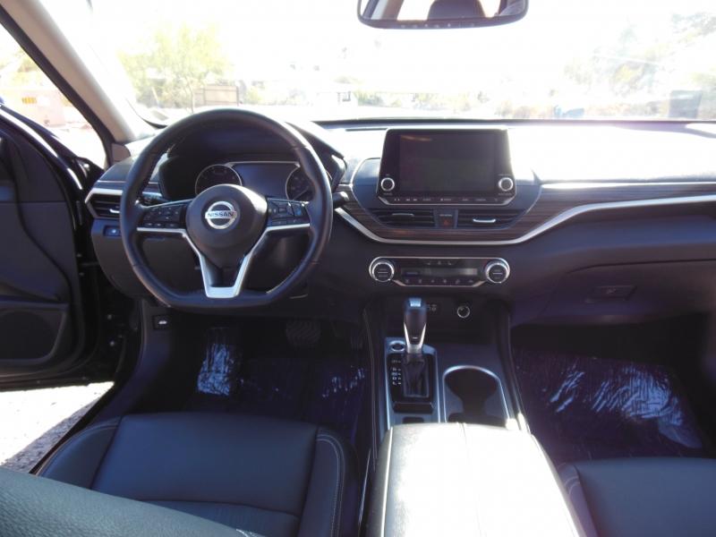 Nissan Altima 2019 price $18,979