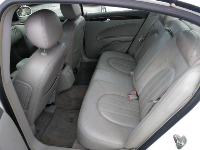 Buick Lucerne 2007 price $5,999