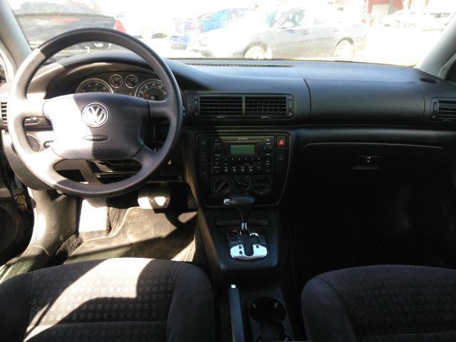 Volkswagen Passat 2003 price $1,499