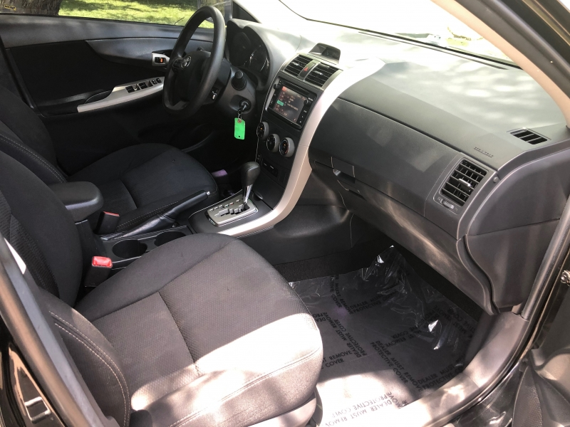 Toyota Corolla 2013 price $8,199