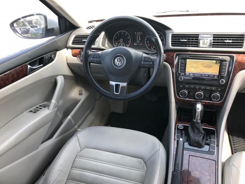 Volkswagen Passat 2012 price $8,999