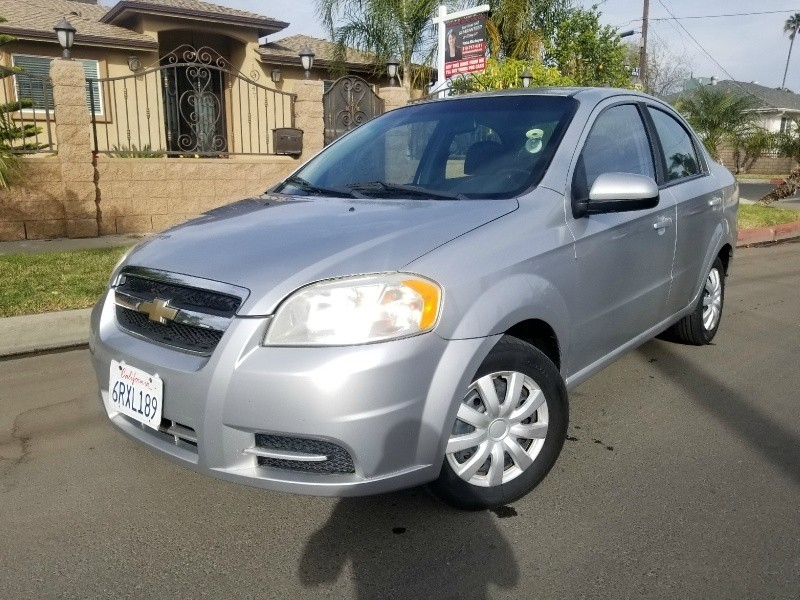 2010 Chevrolet Aveo 4dr Sdn Lt W 1lt