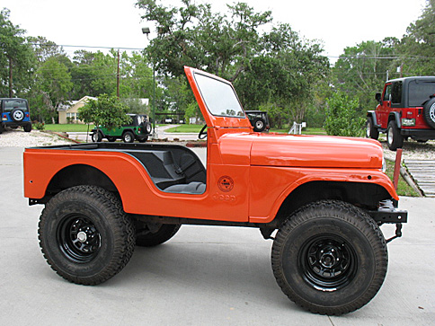 Inclinom tres additionally 1986 Jeep Cj 7 Renegade Red Fvr Garage Wpc Museum F moreover Carter together with Armoured Fighting Vehicles And Tanks Preserved In Canada 2 Alberta 432 together with 10339 1976 Cj 1. on jeep cj