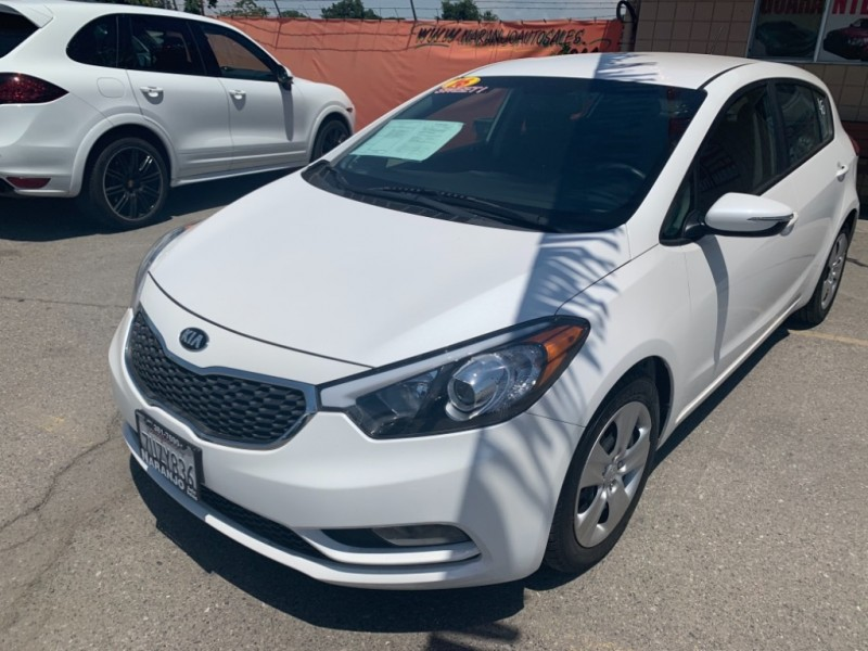 Kia Forte 5-Door 2016 price $10,994