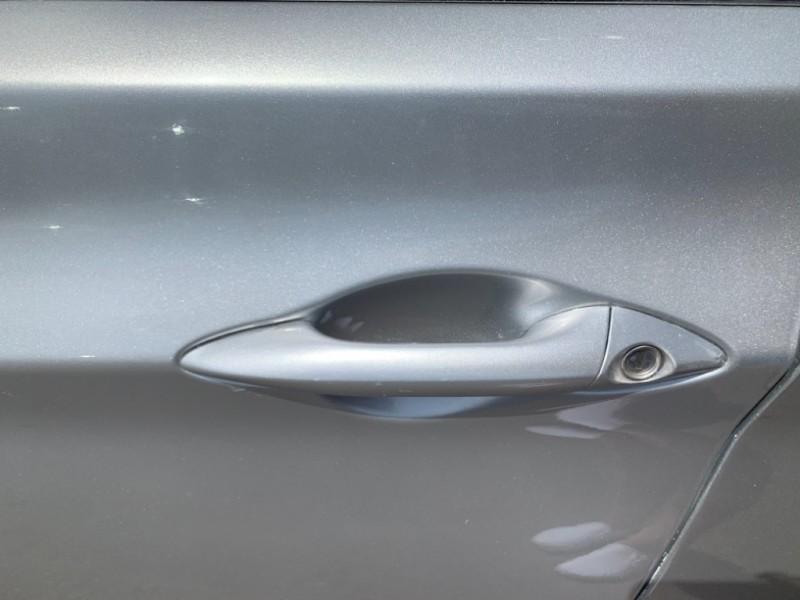 Hyundai Elantra 2015 price $9,386