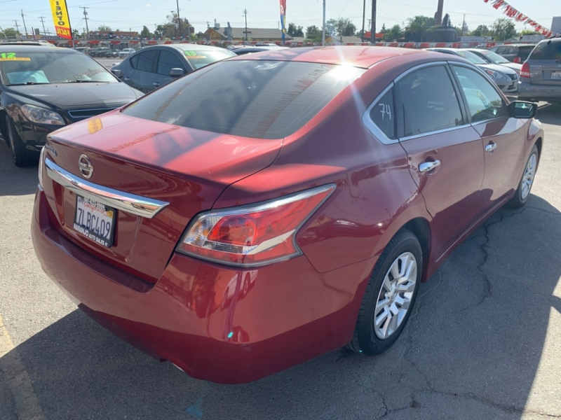 Nissan Altima 2015 price $11,933