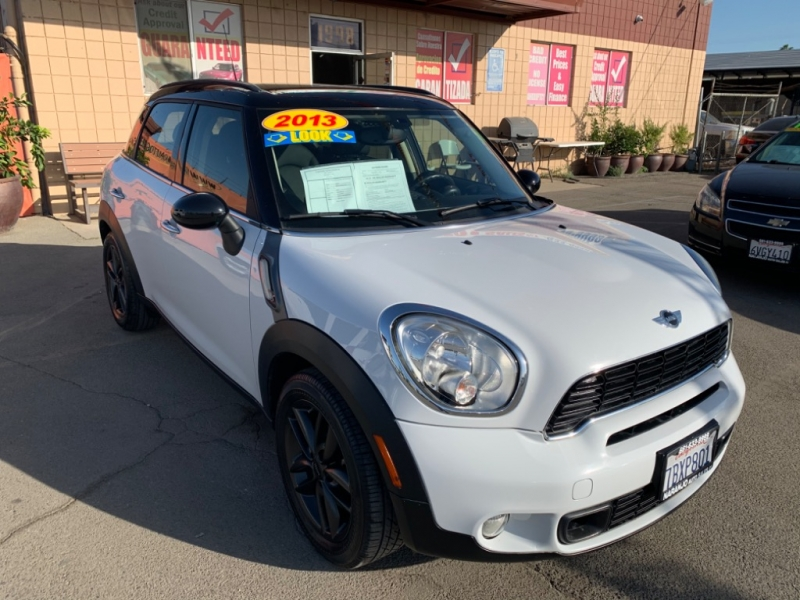 Mini Cooper Countryman 2013 price $11,011