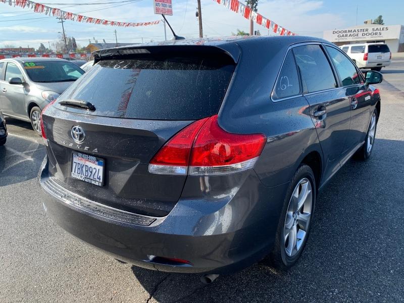 Toyota Venza 2009 price $8,612