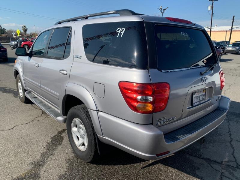 Toyota Sequoia 2002 price $6,998