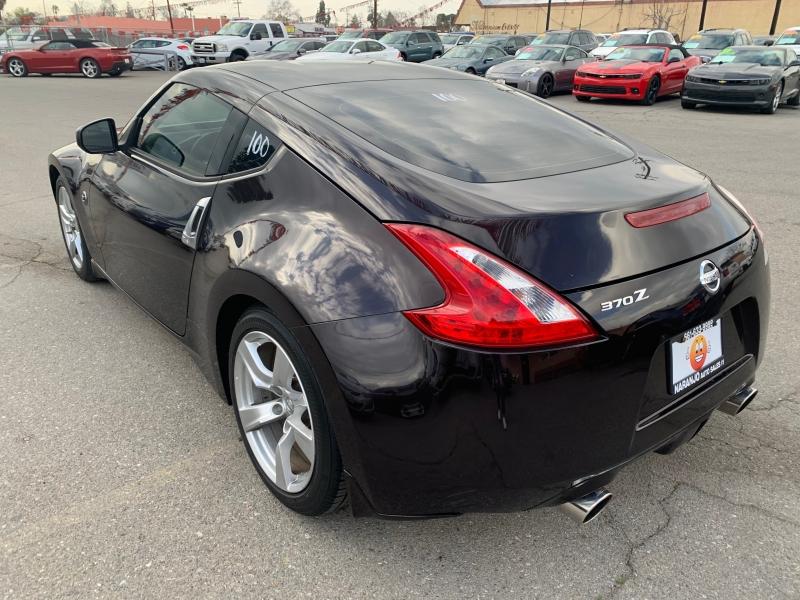 Nissan 370Z 2011 price $17,855
