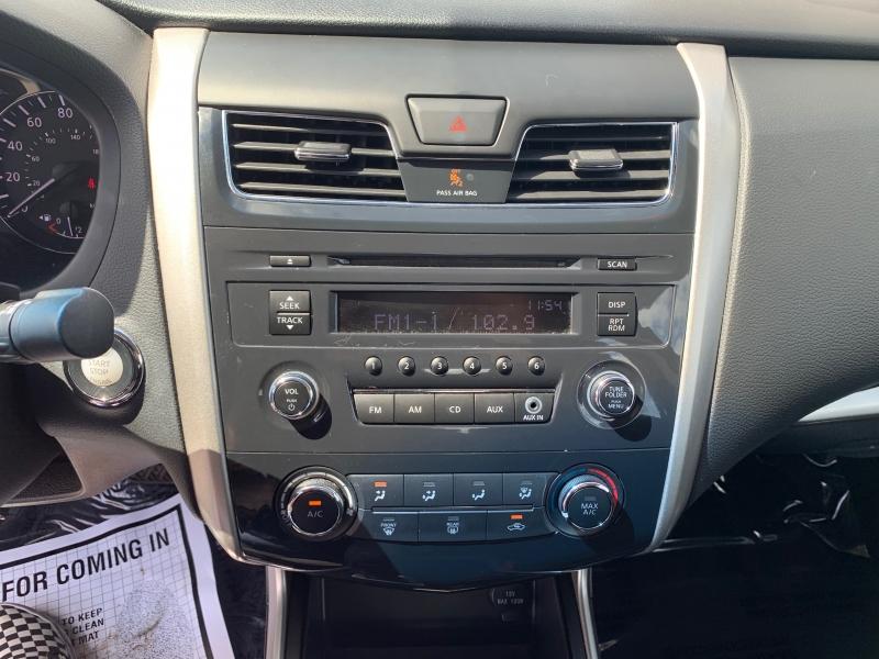 Nissan Altima 2015 price $13,998