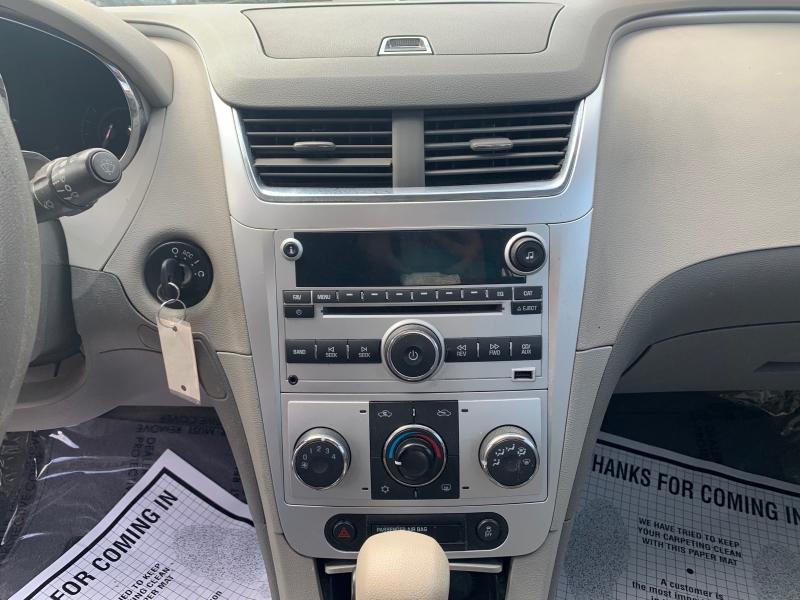 Chevrolet Malibu 2012 price $8,998