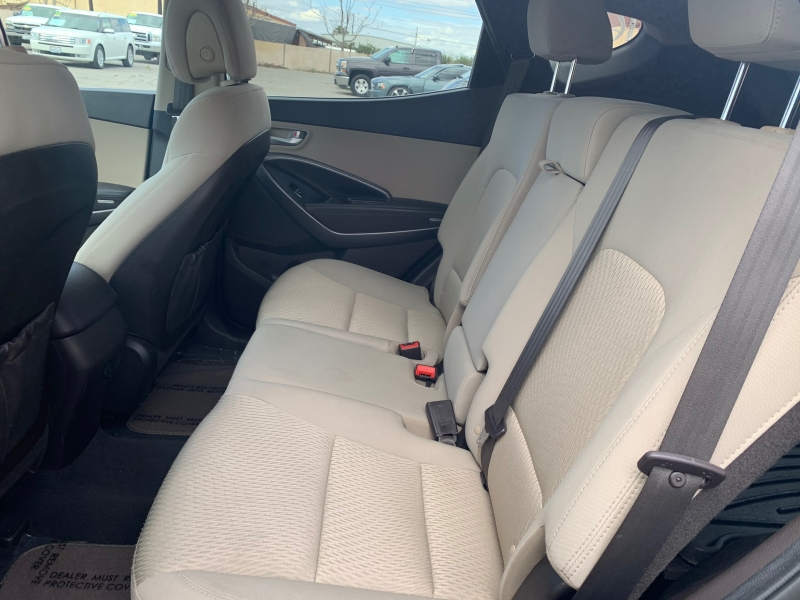 Hyundai Santa Fe 2013 price $11,998