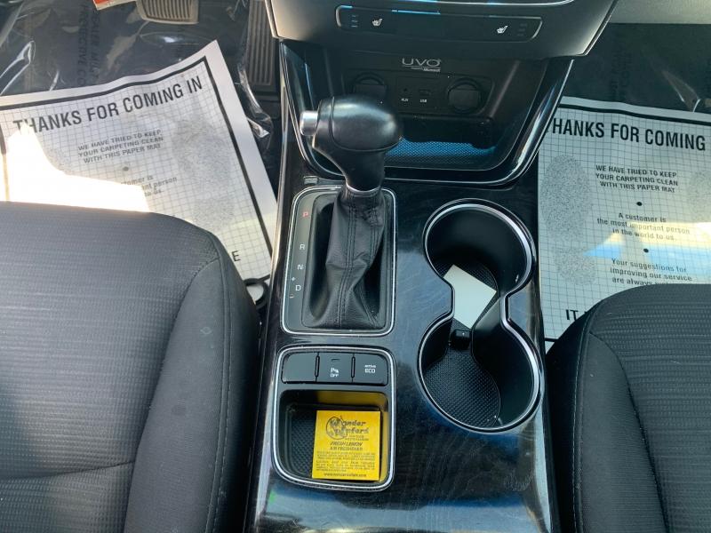 Kia Sorento 2014 price $9,105