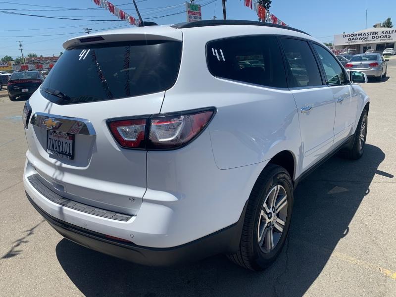 Chevrolet Traverse 2017 price $13,399