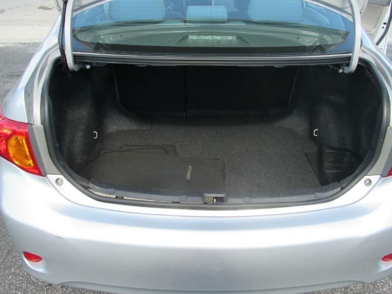 Toyota Corolla 2011 price $6,750 Cash