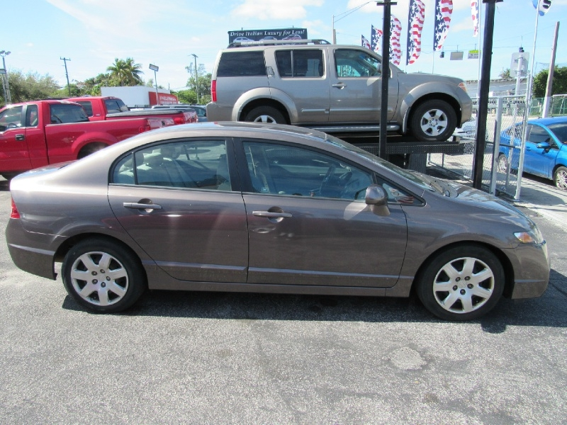 Honda Civic 2010 price $7,899