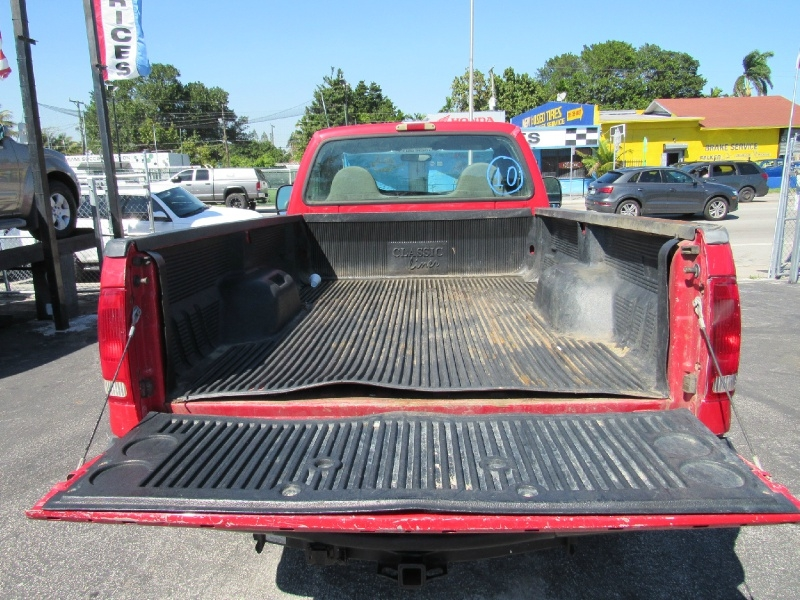 Ford F250sd 2006 price $5,799 Cash