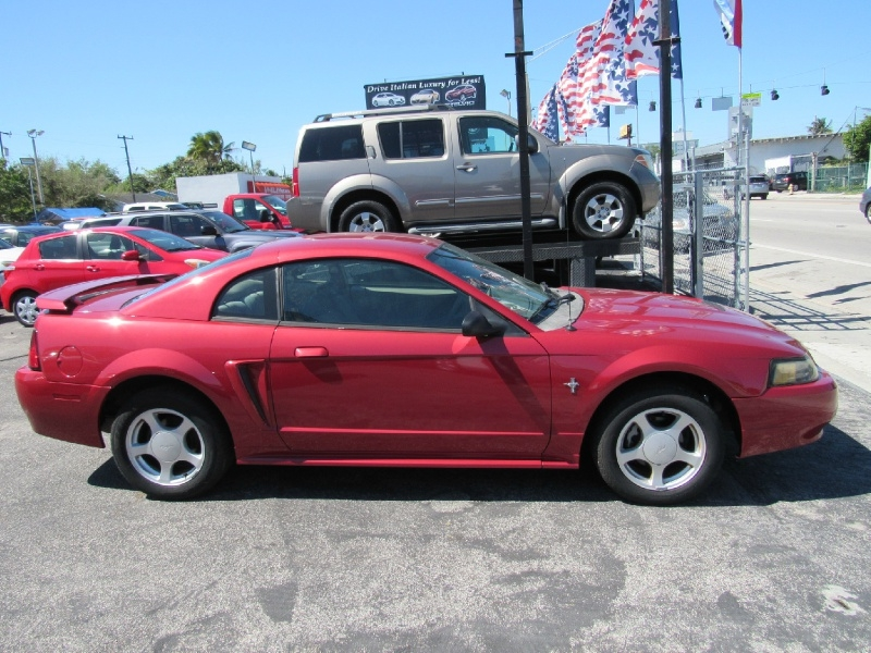 Ford Mustang 2003 price 4599