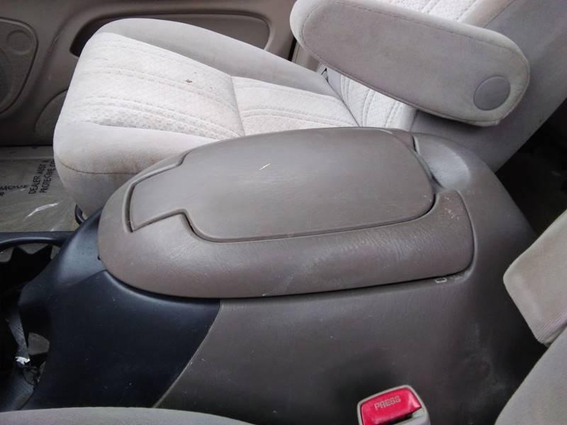 Toyota Tundra 2006 price $13,995