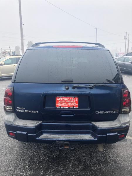 Chevrolet TrailBlazer 2004 price