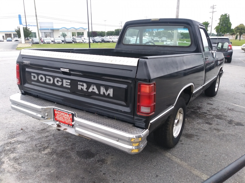 DODGE D-SERIES 1989 price