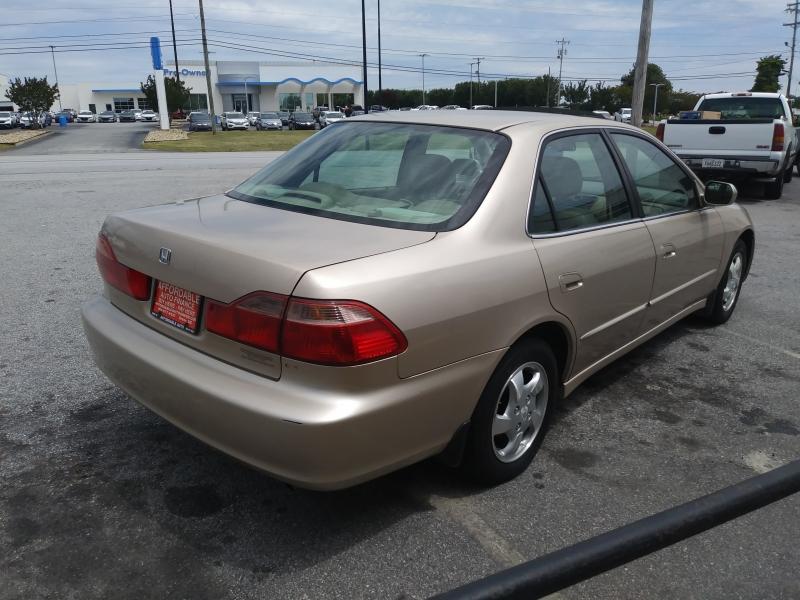 Honda Accord Sdn 2000 price 500 DOWN