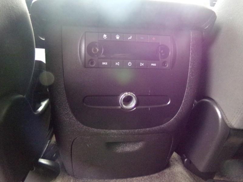 Chevrolet Suburban 2008 price $14,990