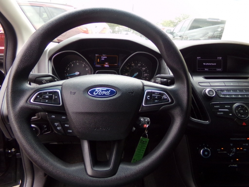 Ford Focus 2015 price $14,990