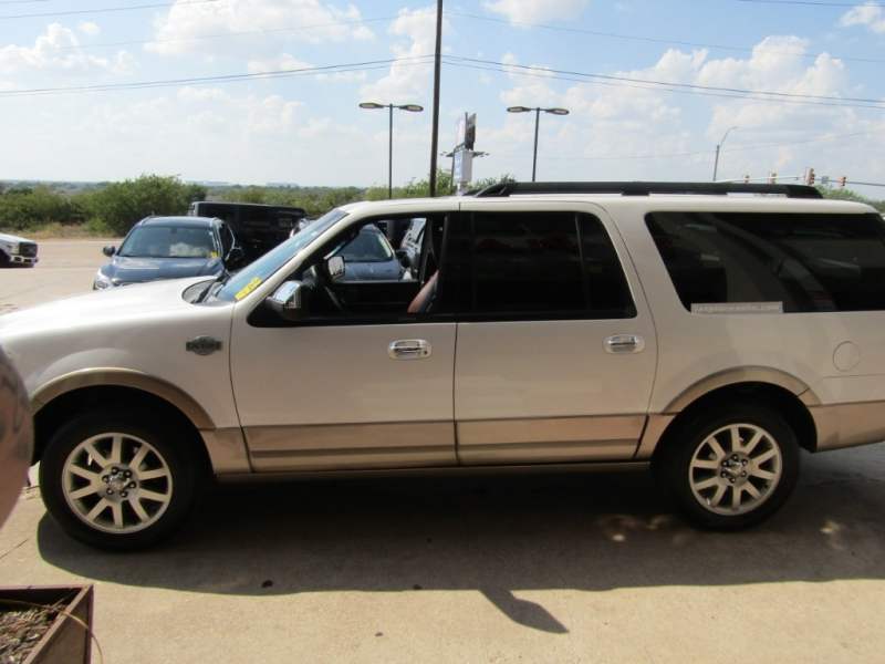 Ford Expedition EL 2011 price $19,990