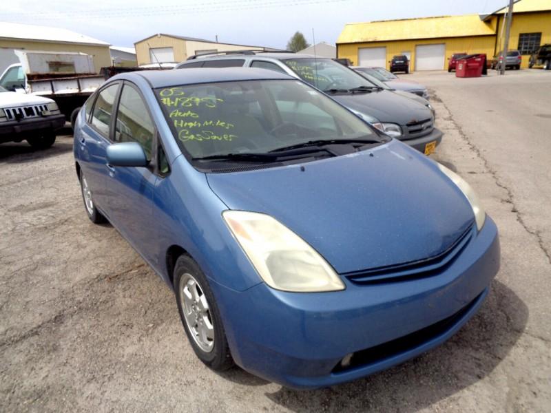 Toyota Prius 2005 price $1,895