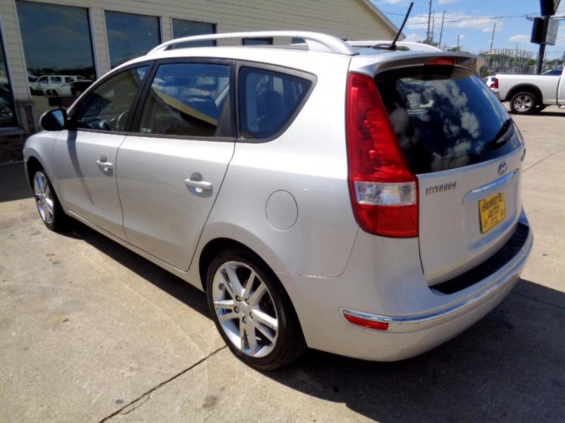 Hyundai Elantra Touring 2011 price $5,495